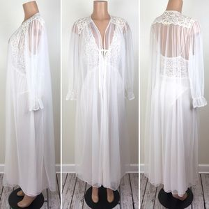 Vintage Barbizon Peignoir Set Nightgown Robe Bride